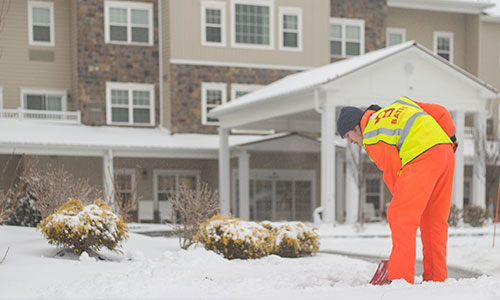 snow_shoveling_snowice_services_west_chester